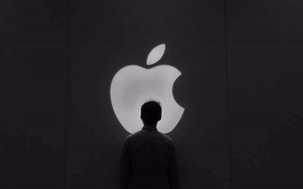 苹果着急了?宣布2022年发布自研5G基带!
